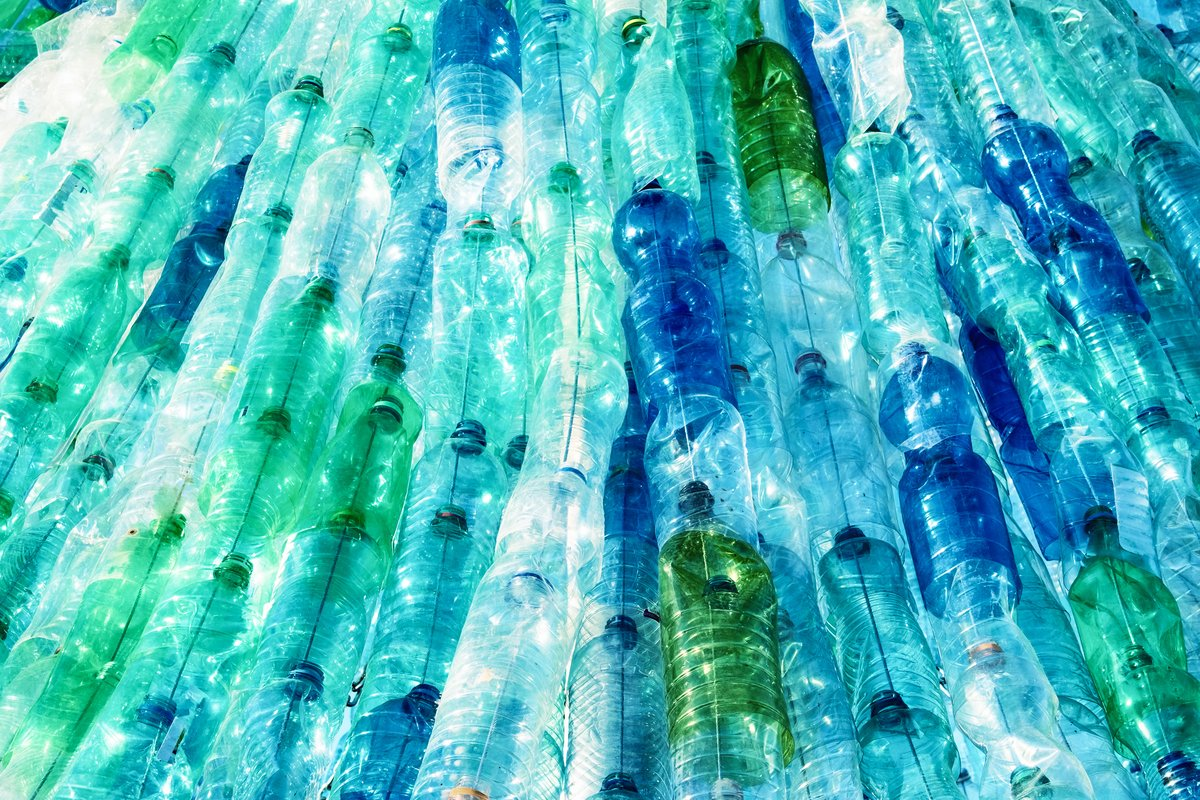 more ambitious extended producer responsibility for plastics through